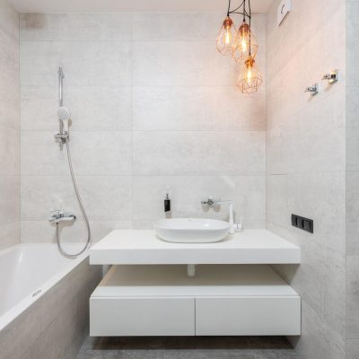 What Should You Consider When Hiring Bathroom Leakage Experts?